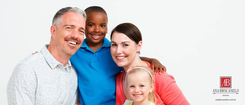 Qual o direito de herança de um filho adotado concorrendo com filhos legítimos?