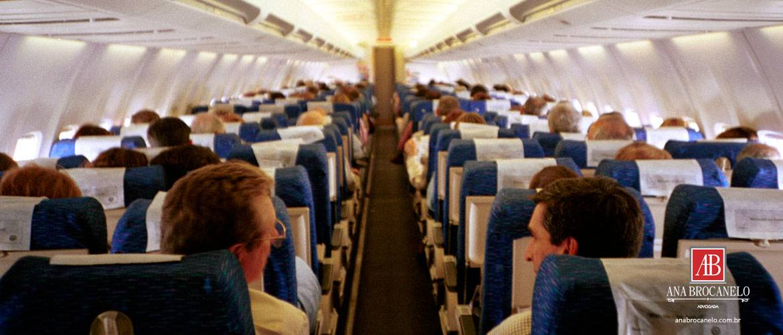Aprovada transferência de bilhete aéreo entre passageiros.