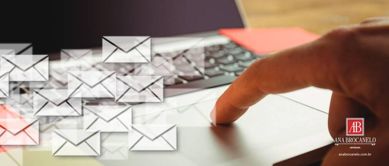 Utilizar e-mail corporativo para uso pessoal, pode justificar demissão por justa causa.